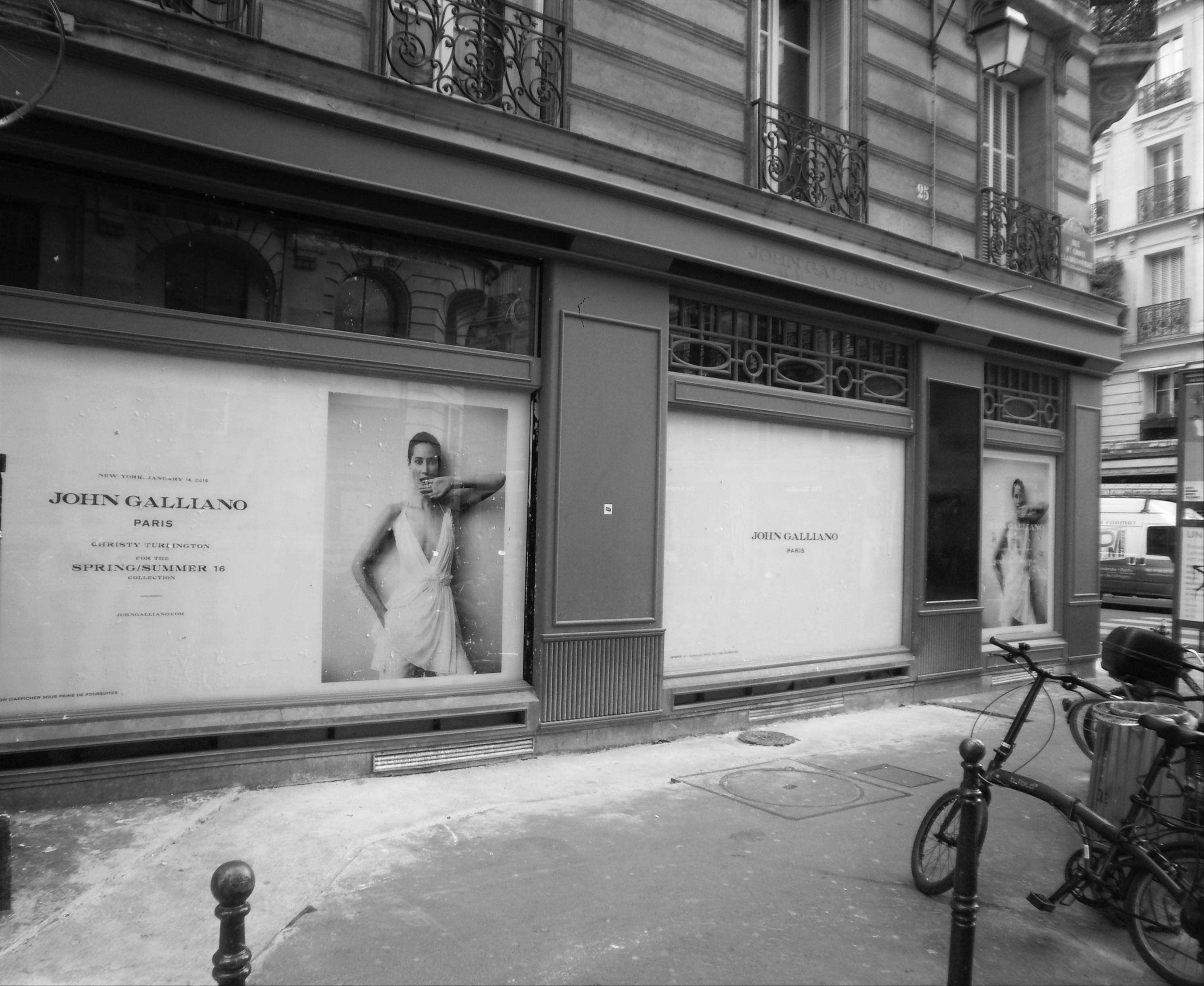 JOHN GALLIANO - PARIS